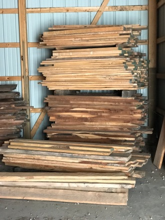 Beautiful 4' and 5' dimensional lumber 4/4 and 5/4 lumber. Silver Maple and Black Walnut pictured here, great for cabinetry work, small furniture and drawer boxes.